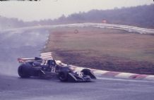 "WOLF WILLIAMS FW05/Hesketh 308C Loris Kessel Japanese GP 1976 10x7"" photo"